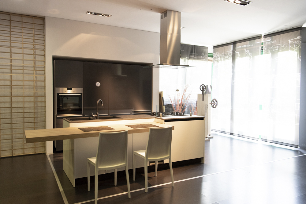 Outlet category outlet image cucina valcucine for Petrillo arredamenti